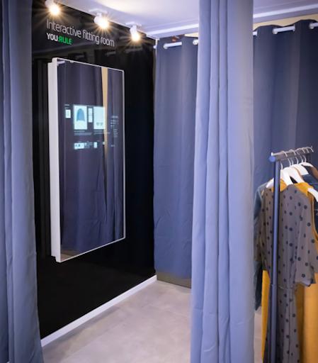 Probador de ropa interactivo para Etisalat