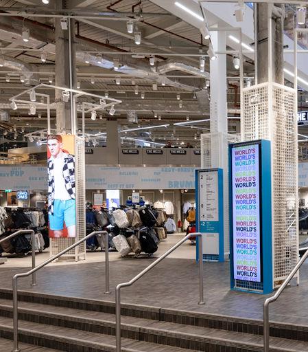 Cajas de luz y marcos textiles para tiendas Primark