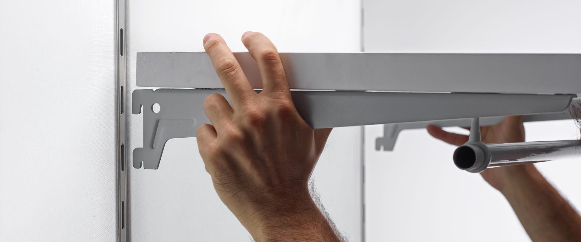 Slot frame walling system